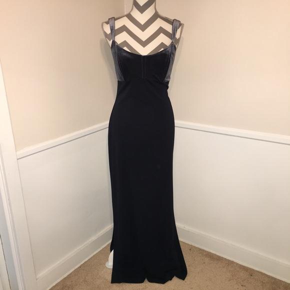 Betsy & Adam Dresses & Skirts - 🎉BETSY & ADAM | velvet bodice Prom dress